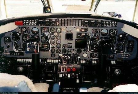 Fairchild  Metroliner cockpit.jpg