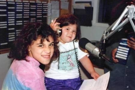 1992_Summer_Amanda_Marissa_WGMStation_Onair_0002_a.jpg