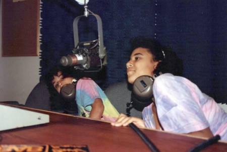 1992_Summer_Amanda_Arielle_WGMStation_Onair_00002_a.jpg